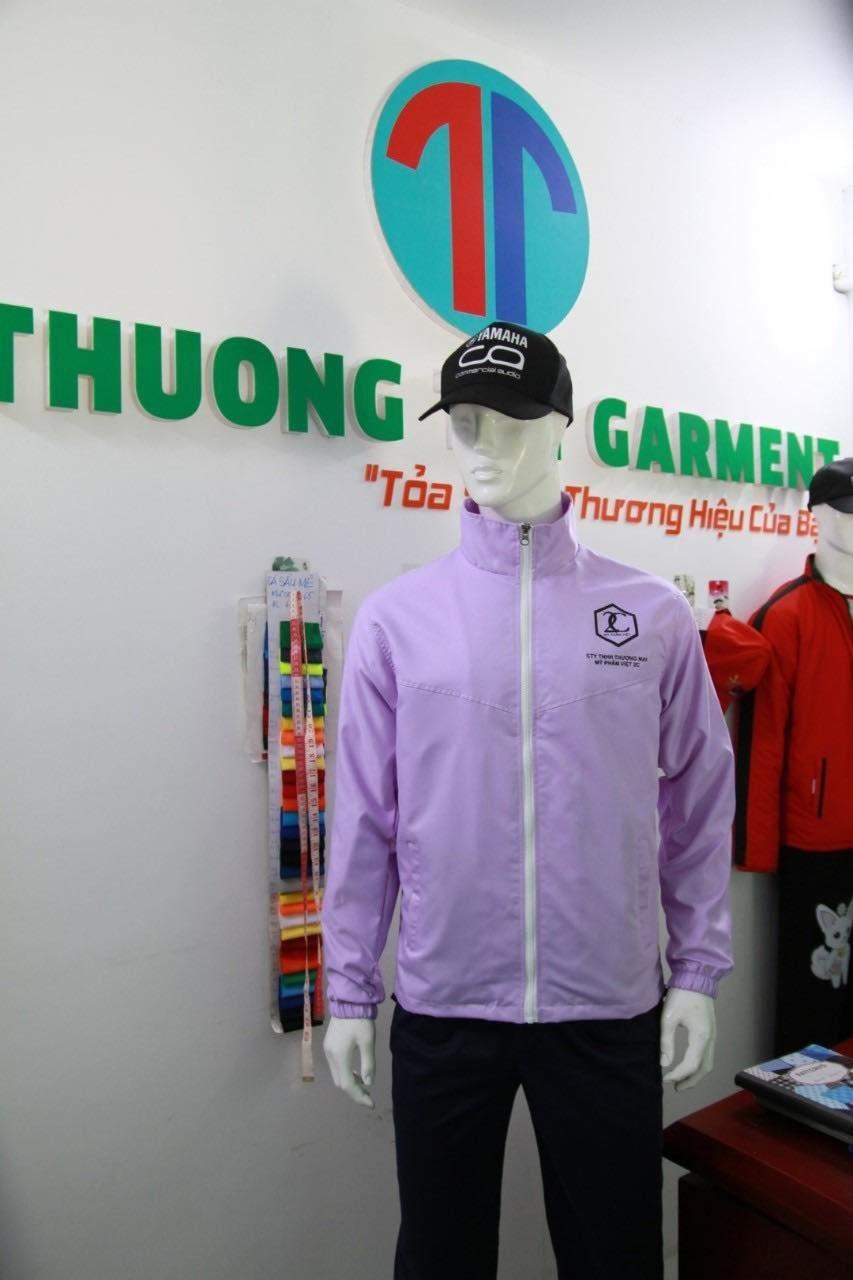 may áo khoác từ thiện