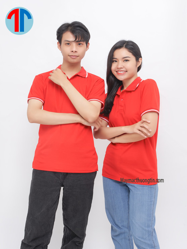 áo thun đồng phục màu đỏ
